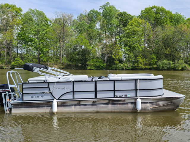 Bentley Silver Pontoon Boat Rental